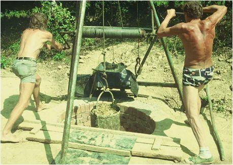 Az-alkoholmeghajtású-kútásógép-1996